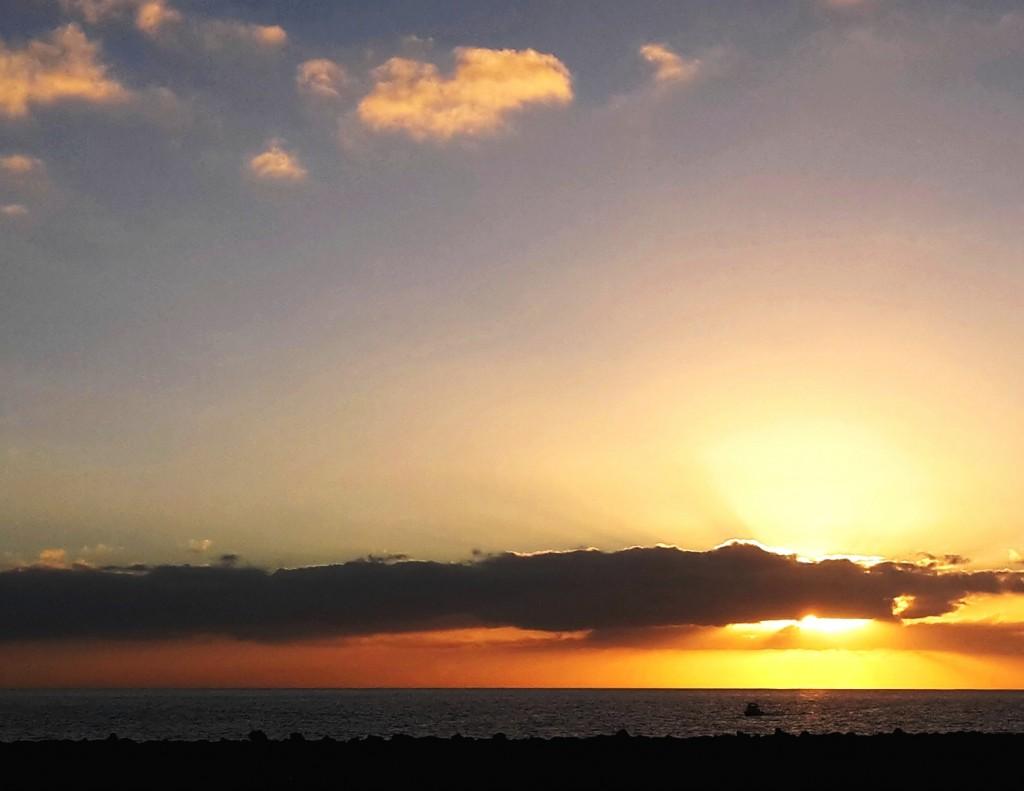 L'isola che saluta il sole